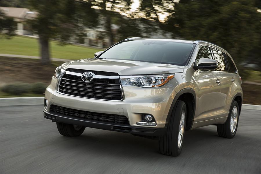 2016 Toyota Highlander Reviews Specs And Prices Cars Com