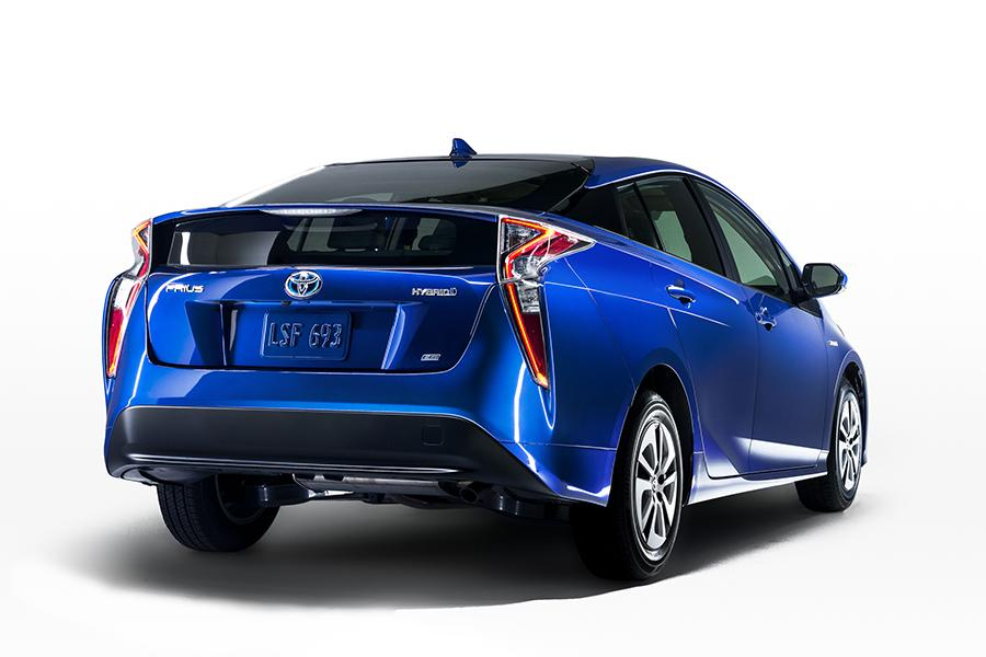 2016 toyota prius reviews specs and prices cars