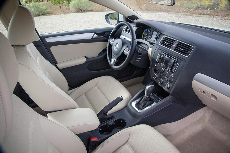 volkswagen jetta hybrid sedan models price specs