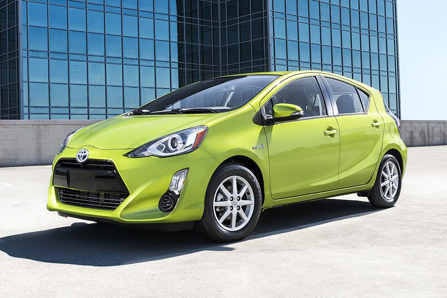 2016 toyota prius c reviews specs and prices. Black Bedroom Furniture Sets. Home Design Ideas