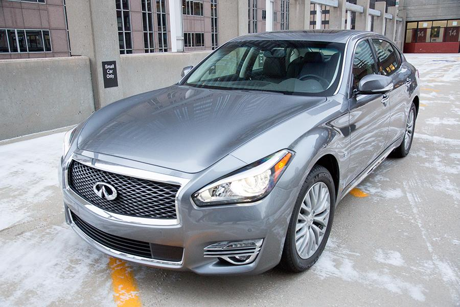 2016 infiniti q70l reviews specs and prices. Black Bedroom Furniture Sets. Home Design Ideas