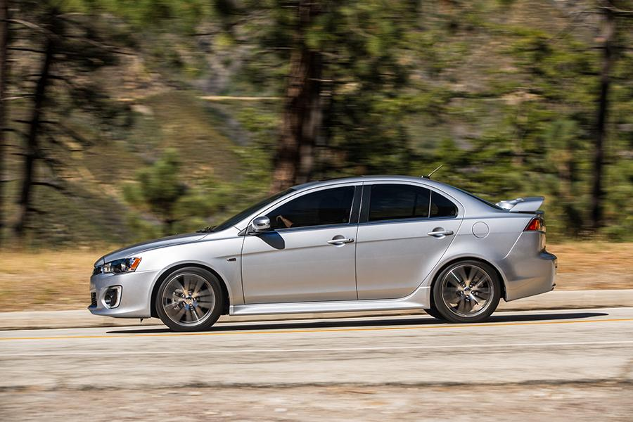 2016 Mitsubishi Lancer Reviews Specs And Prices Cars Com