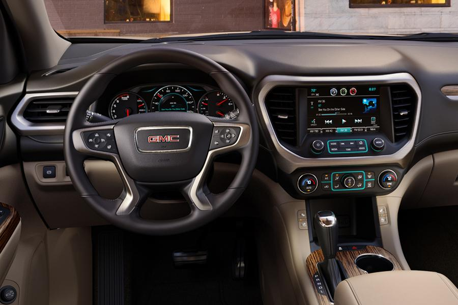 2017 gmc acadia reviews specs and prices. Black Bedroom Furniture Sets. Home Design Ideas