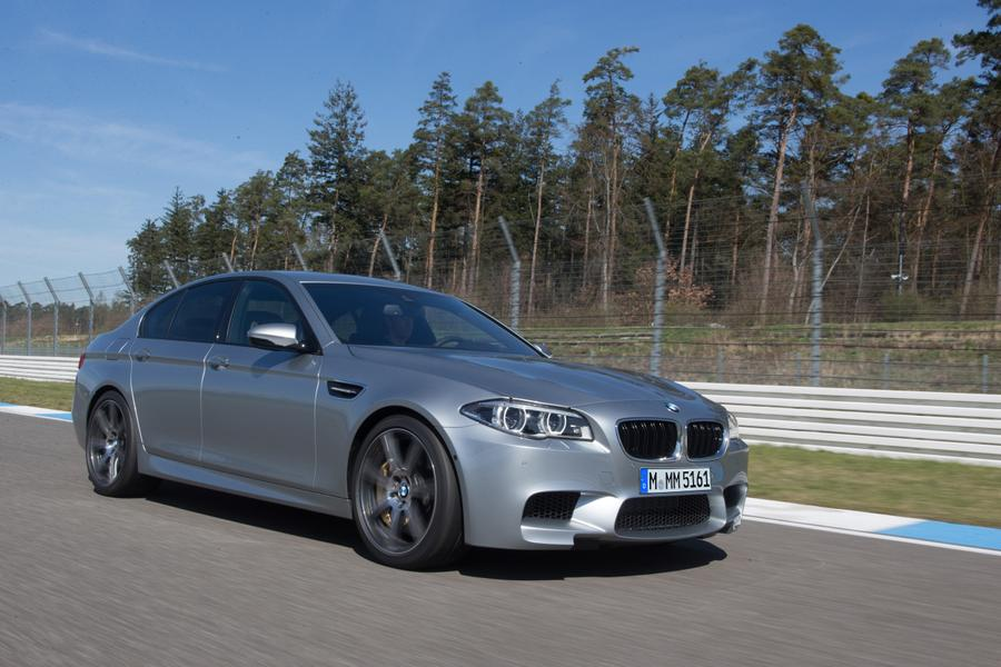 2016 bmw m5 reviews specs and prices. Black Bedroom Furniture Sets. Home Design Ideas