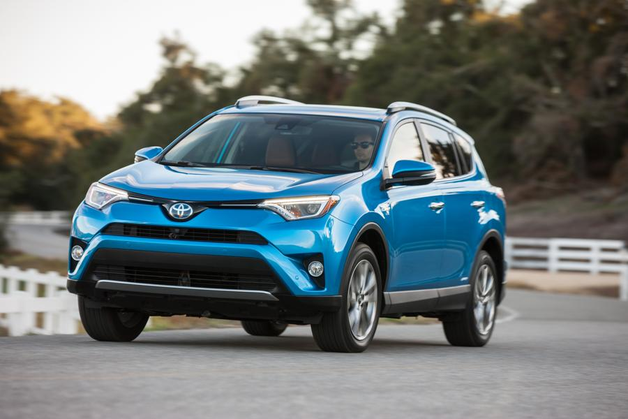 2017 toyota rav4 hybrid reviews specs and prices. Black Bedroom Furniture Sets. Home Design Ideas