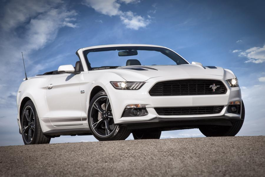 ford mustang reviews specs and prices. Black Bedroom Furniture Sets. Home Design Ideas