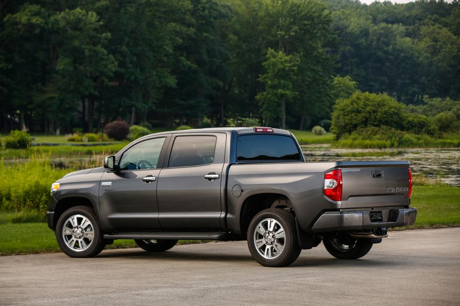 2017 toyota tundra reviews specs and prices. Black Bedroom Furniture Sets. Home Design Ideas