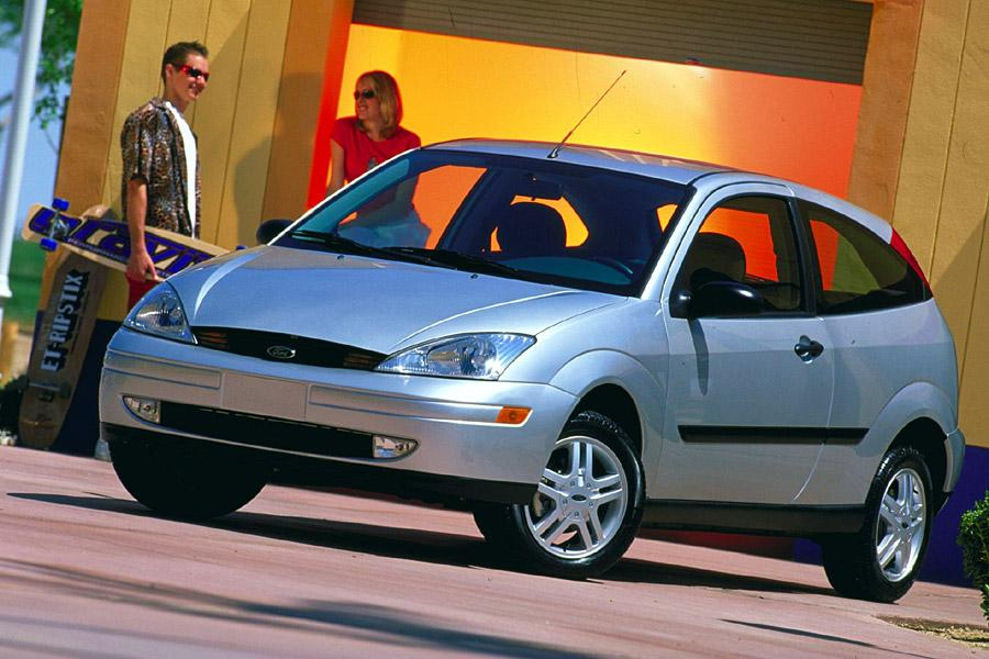 2000 Ford Focus Reviews Specs And Prices Cars Com