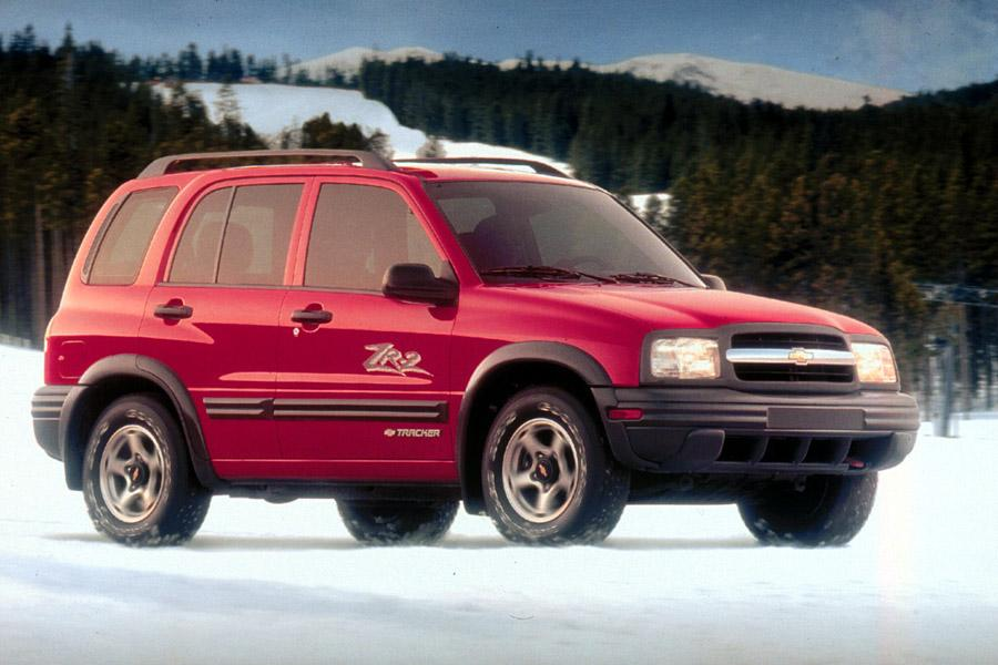2001 chevrolet tracker reviews  specs and prices