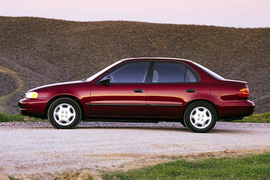 2001 chevrolet prizm reviews specs and prices. Black Bedroom Furniture Sets. Home Design Ideas