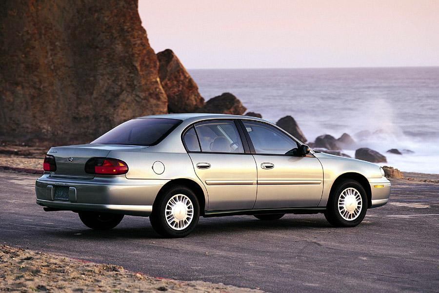 2001 chevrolet malibu reviews specs and prices. Black Bedroom Furniture Sets. Home Design Ideas