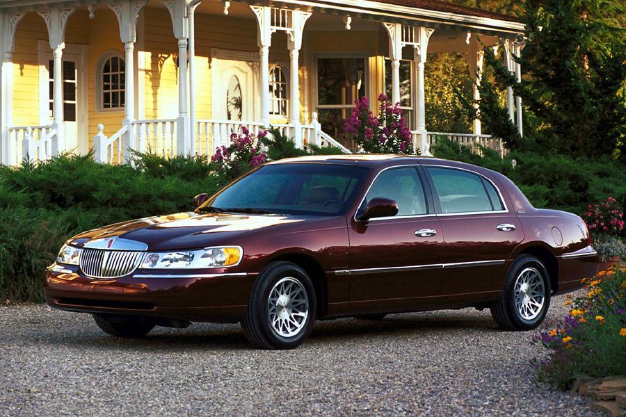 2001 Lincoln Town Car Specs Pictures Trims Colors