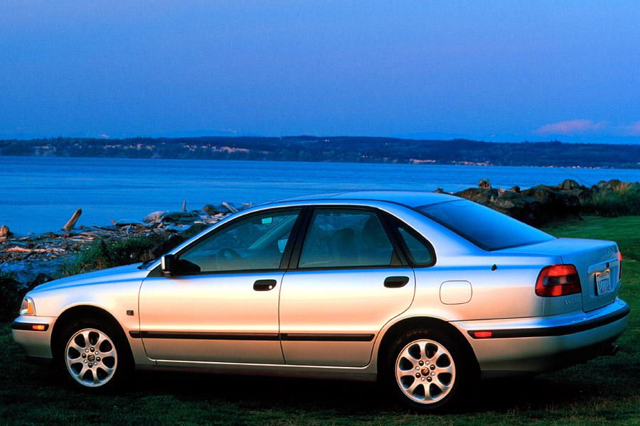 2000 volvo s40 reviews specs and prices. Black Bedroom Furniture Sets. Home Design Ideas