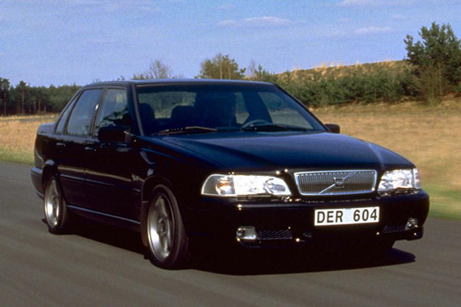 on 1998 Volvo V70 Station Wagon