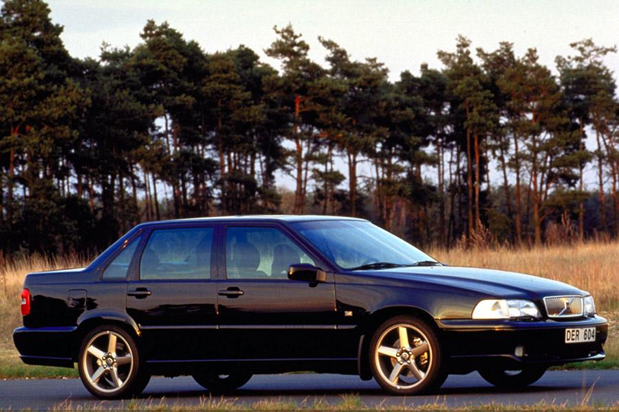 2000 Volvo S70 Reviews, Specs and Prices | Cars.com