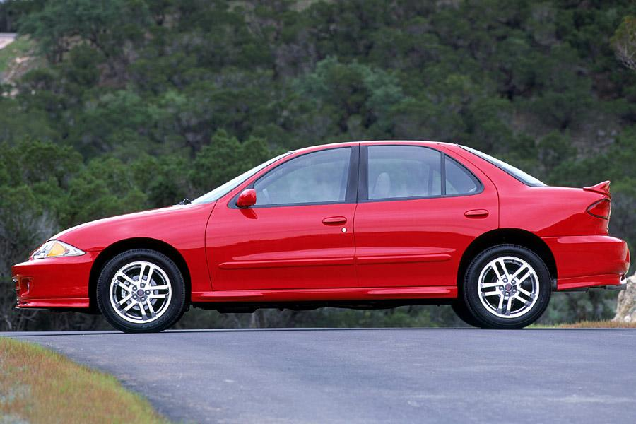 2002 chevrolet cavalier reviews specs and prices. Black Bedroom Furniture Sets. Home Design Ideas