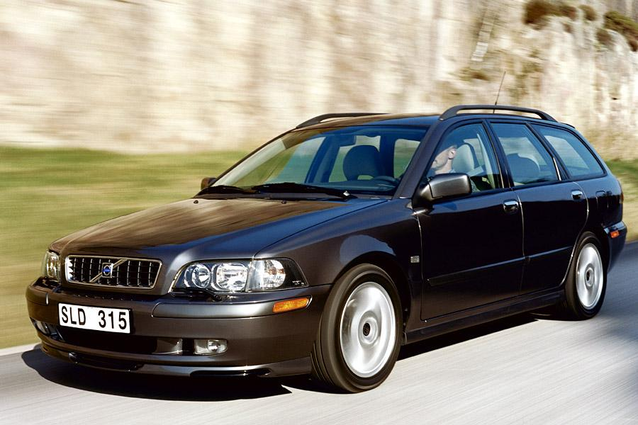 2003 volvo v40 reviews specs and prices. Black Bedroom Furniture Sets. Home Design Ideas