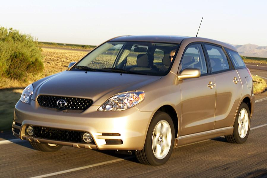 2004 toyota matrix reviews specs and prices. Black Bedroom Furniture Sets. Home Design Ideas
