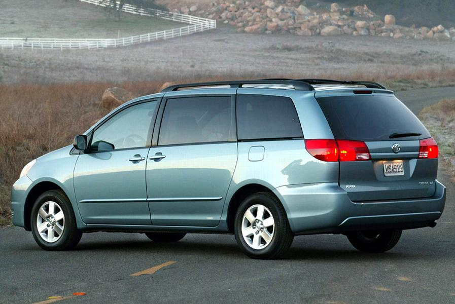 Sienna Hybrid >> 2004 Toyota Sienna Specs, Pictures, Trims, Colors || Cars.com