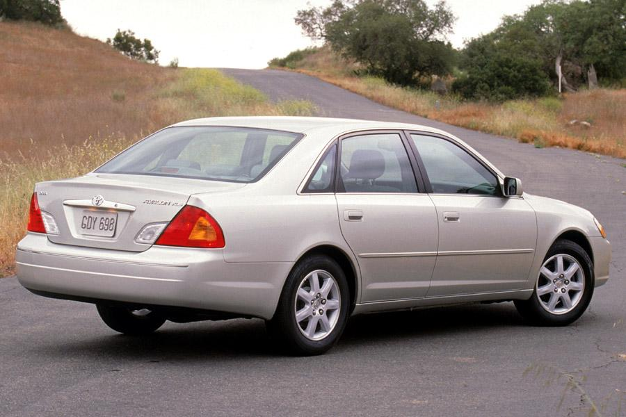 2002 toyota avalon reviews  specs and prices
