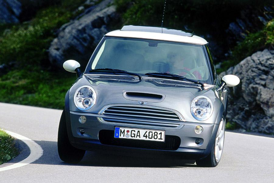 2003 mini cooper s reviews specs and prices. Black Bedroom Furniture Sets. Home Design Ideas