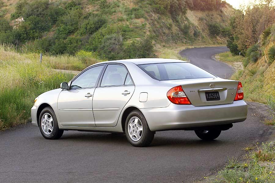2004 toyota camry reviews specs and prices. Black Bedroom Furniture Sets. Home Design Ideas