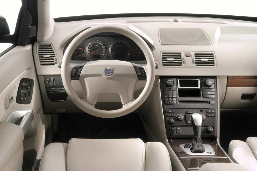 2004 Volvo Xc90 Reviews Specs And Prices Cars Com