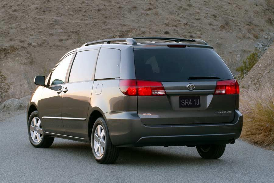 2004 toyota sienna reviews specs and prices. Black Bedroom Furniture Sets. Home Design Ideas