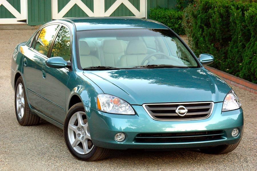 2004 Nissan Altima Specs Pictures Trims Colors Cars Com