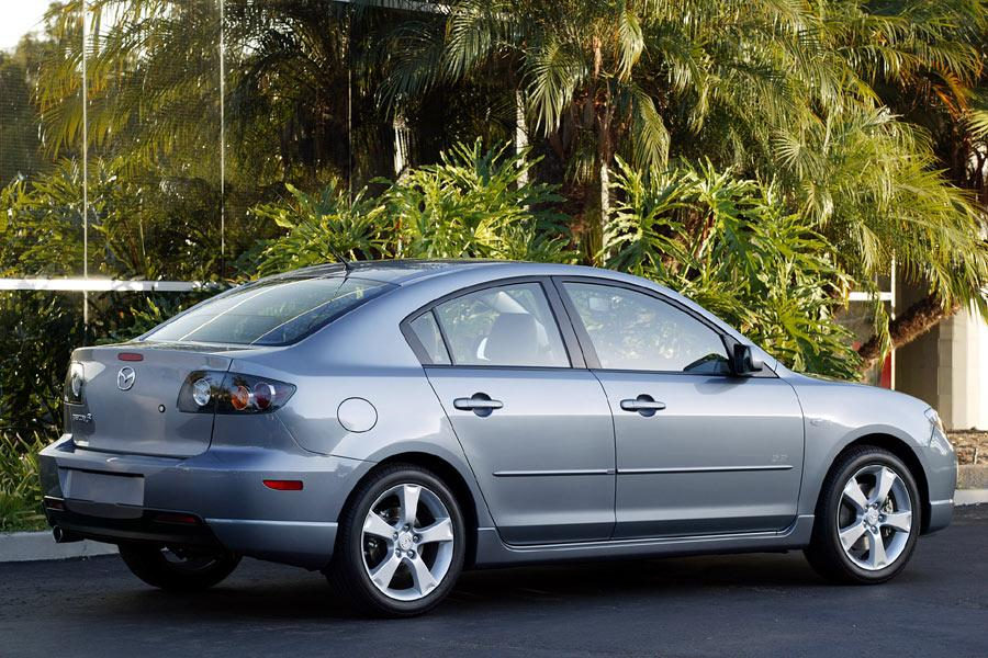 2004 mazda mazda3 specs pictures trims colors. Black Bedroom Furniture Sets. Home Design Ideas