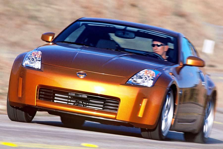 2004 nissan 350z reviews specs and prices. Black Bedroom Furniture Sets. Home Design Ideas