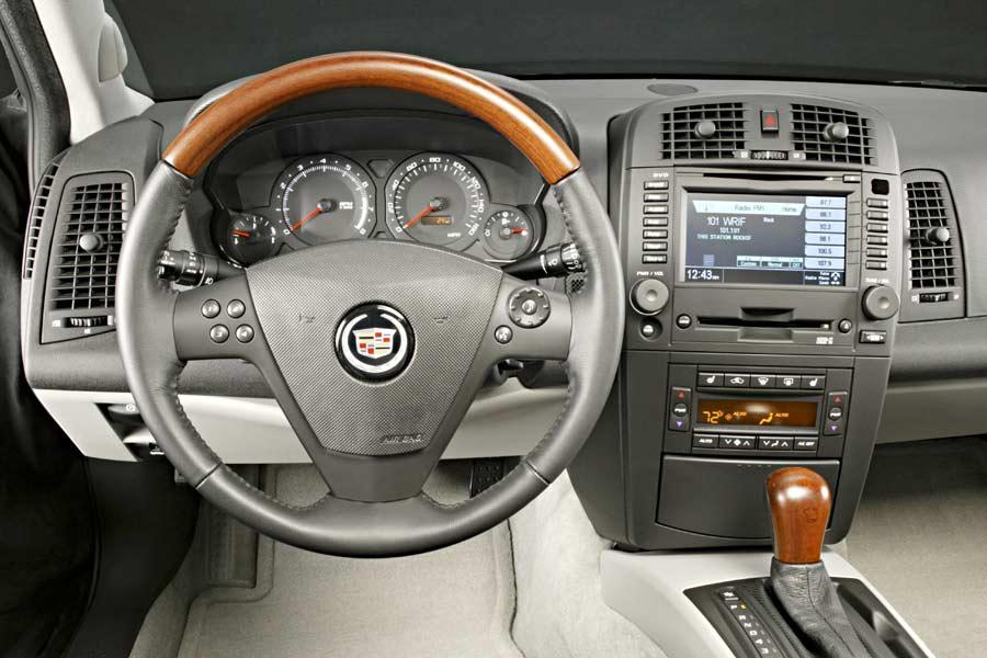 2004 cadillac cts reviews specs and prices. Black Bedroom Furniture Sets. Home Design Ideas