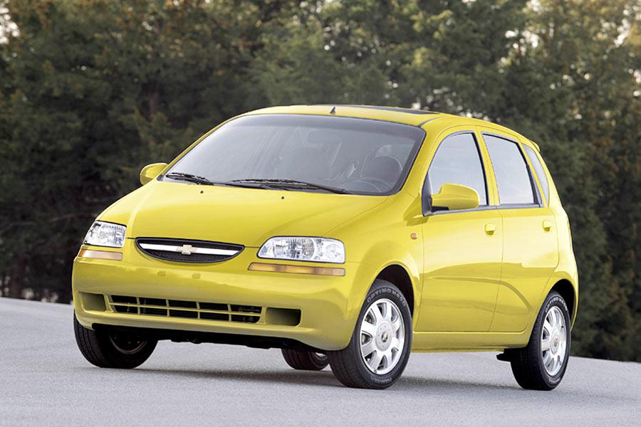 2004 chevrolet aveo reviews specs and prices. Black Bedroom Furniture Sets. Home Design Ideas