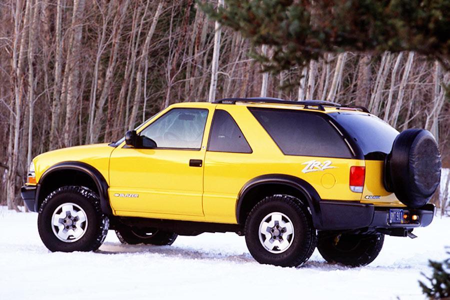 2004 Chevrolet Blazer Specs  Pictures  Trims  Colors