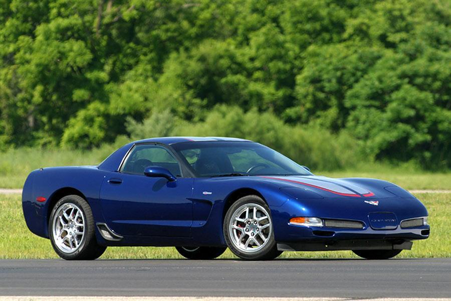 2004 Chevrolet Corvette Specs Pictures Trims Colors