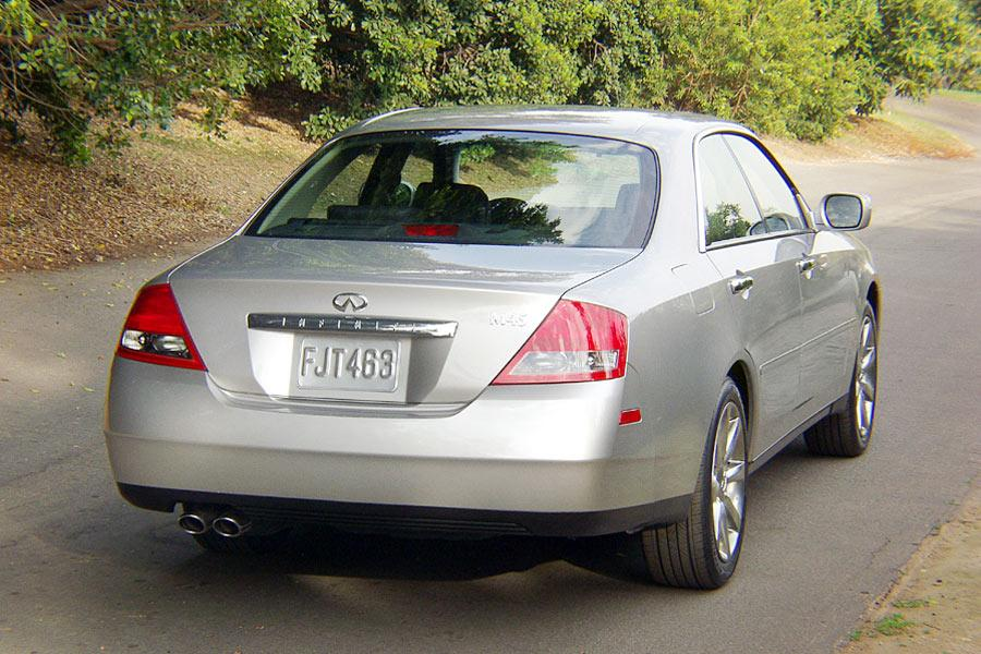 2004 infiniti m45 reviews specs and prices. Black Bedroom Furniture Sets. Home Design Ideas