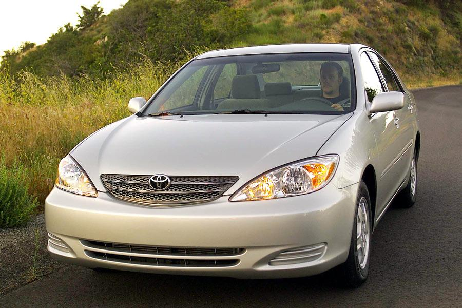 2004 Toyota Camry Reviews Specs And Prices