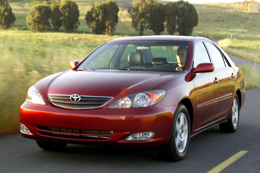2004 Toyota Camry Reviews Specs And Prices Cars Com