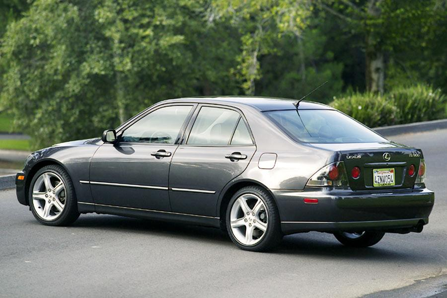 2004 lexus is 300 specs pictures trims colors. Black Bedroom Furniture Sets. Home Design Ideas