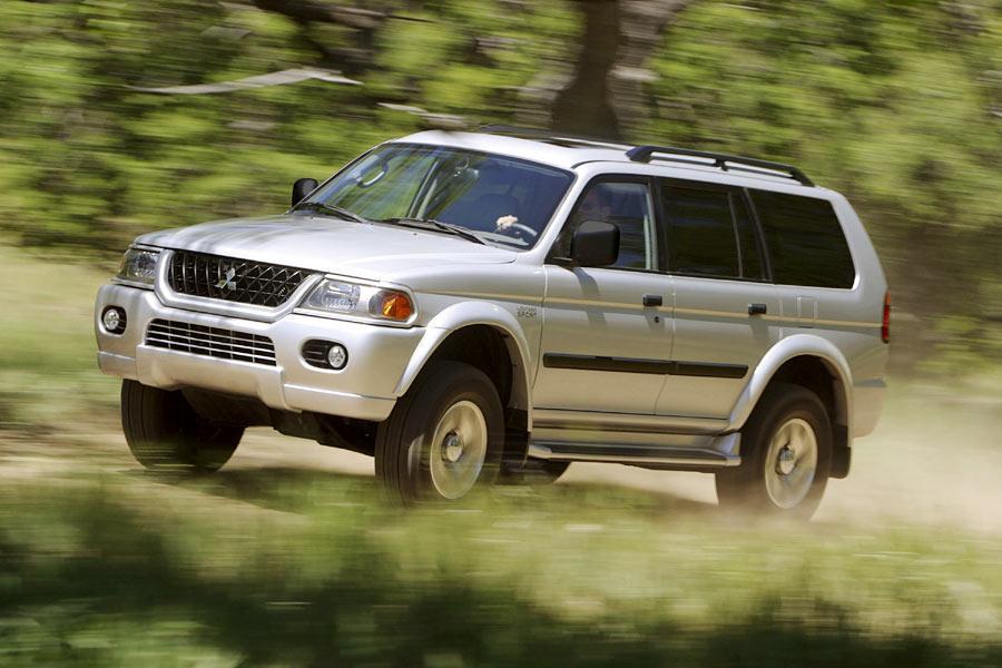 Mitsubishi Montero Sport Sport Utility Models, Price, Specs, Reviews | Cars.com