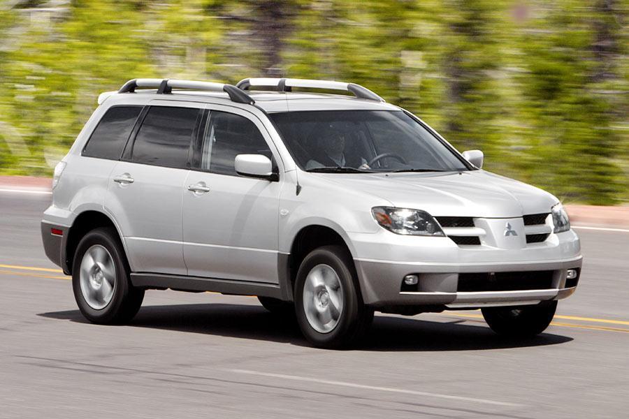 2004 Mitsubishi Outlander Reviews Specs And Prices Cars Com