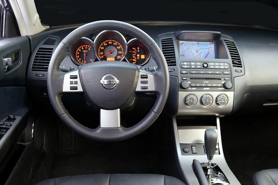 2005 Nissan Altima Specs Pictures Trims Colors Cars Com