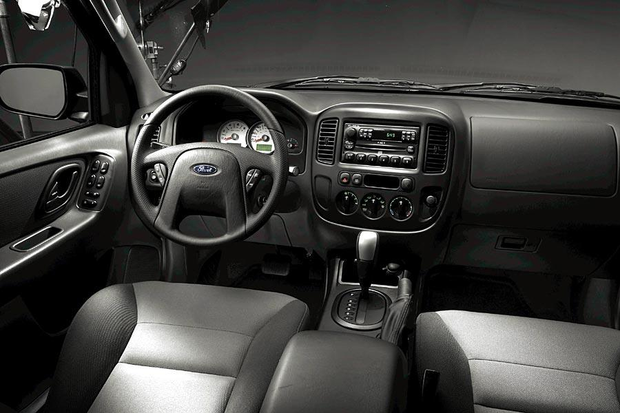 2005 Ford Escape Reviews Specs And Prices Cars Com