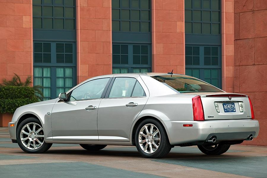 2005 Cadillac Sts Specs Pictures Trims Colors Cars Com