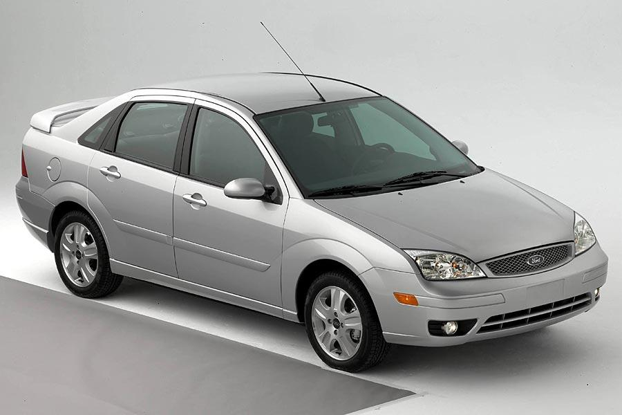 2005 ford focus reviews specs and prices. Black Bedroom Furniture Sets. Home Design Ideas