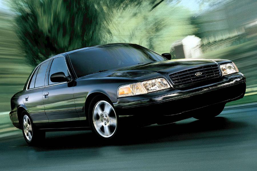 2004 ford crown victoria reviews specs and prices. Black Bedroom Furniture Sets. Home Design Ideas