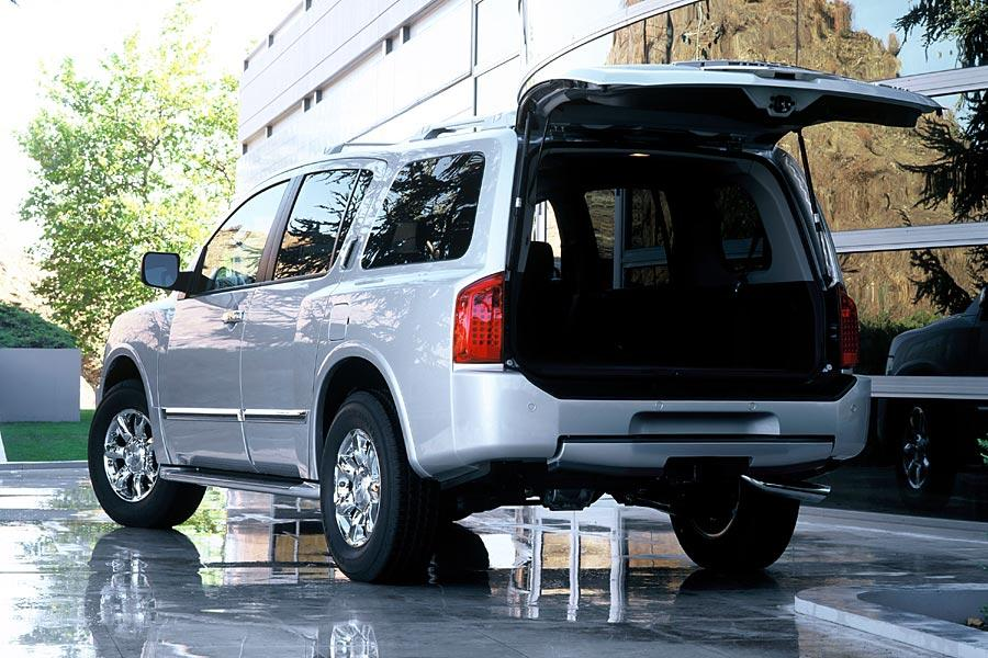 2004 infiniti qx56 reviews specs and prices. Black Bedroom Furniture Sets. Home Design Ideas