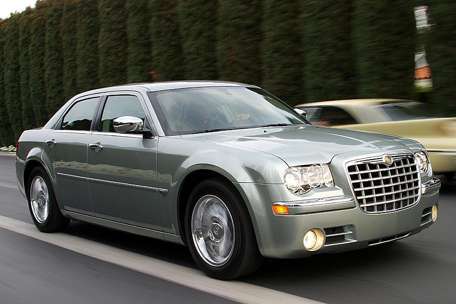 2005 Chrysler 300c Specs Pictures Trims Colors