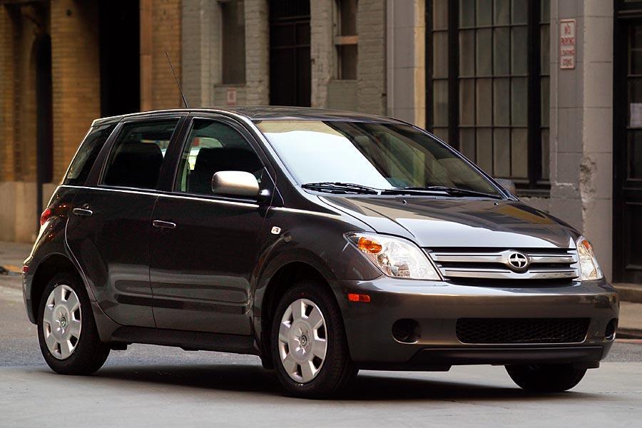 Car Seat Recall >> 2005 Scion xA Reviews, Specs and Prices | Cars.com