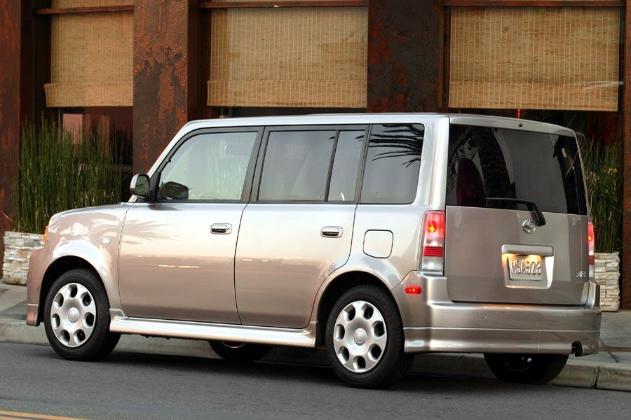 2005 scion xb specs pictures trims colors. Black Bedroom Furniture Sets. Home Design Ideas